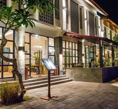 Lembongan Beach Club & Resort 1