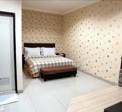 Vindhika Hotel 1