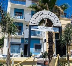 Maniel Beach Hotel 1