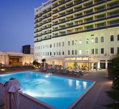 Mercure Grand Hotel Doha City Centre 2