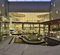 Taj Hotel & Convention Centre Agra 1