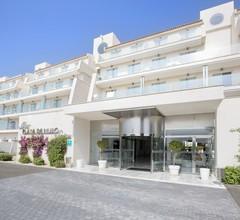 Mar Hotels Playa de Muro Suites - All Inclusive 1