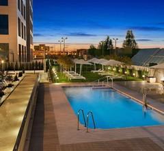 Hilton Garden Inn Sevilla 1