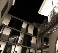 Lokàl Hotel 1