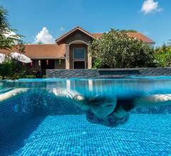Corner Spa Resort 1