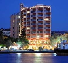 Akol Hotel 1