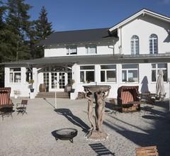 Hotel Weißes Schloß 2