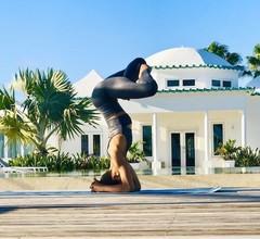 La Bougainvillea Hotel and Villas 1