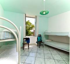 Ring Hostel 2