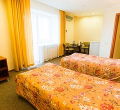 Suite Hotel 2