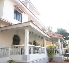 Baywalk Goa 1
