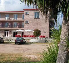 Hotel Chamuiñas 1