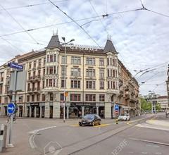 Löwenplatz Apartment near Station by Airhome 2