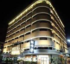 Hi-Season Hotel 1