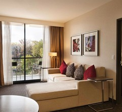 Doubletree by Hilton Los Angeles Downtown 2
