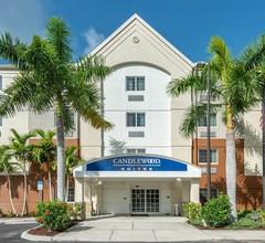 Candlewood Suites Fort Myers Sanibel Gateway 1