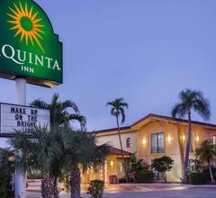 La Quinta Inn by Wyndham Fort Myers Central 2
