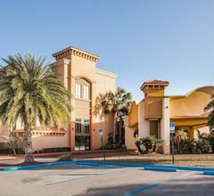 Ramada by Wyndham Jacksonville/Baymeadows Hotel & Conf Cntr 1