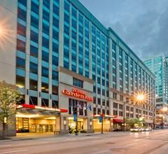 Hilton Garden Inn Chicago Downtown/Magnificent Mile 2
