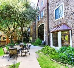 Staybridge Suites Austin Arboretum 1
