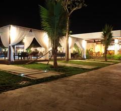 Twin Palms Resort 2