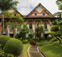 Royal Orchids Garden Hotel & Condominiums 2