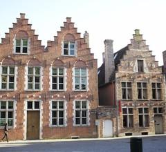 Saint-Sauveur Bruges B&B 1