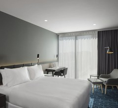 Four Points by Sheraton Melbourne Docklands 1
