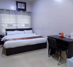 Posh Apartments Metro 2