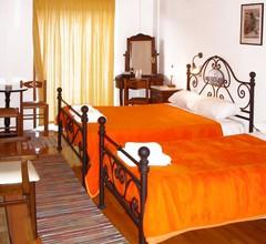 Paraliako Hotel 2