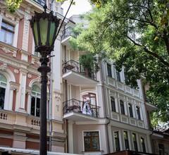 Palais Royal Hotel 2