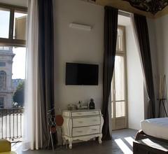 Piazza Castello Suite 2