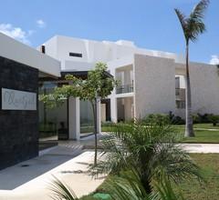 Bahia Principe Vacation Rentals - Quetzal - 1-Bedroom Apts 2