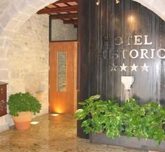 Hotel Historic 2