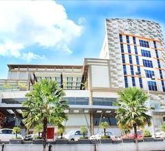 """""""Grand Dafam Q Hotel Banjarbaru- DHM Syariah"""" 1"""