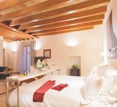 Petit Palace Hotel Tres 2