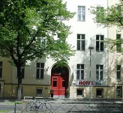 Rewari Hotel Berlin 1