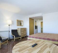 Hotel Apartamentos Bajondillo 1