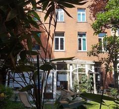 Hostel Van Gogh Brussels 1