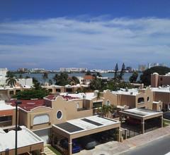 Nirvana Hostel Cancun Hotel Zone 2