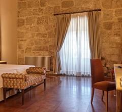 Eurostars Monumento Monasterio de San Clodio Hotel & Spa 1