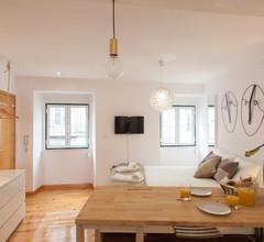 Moniz Studio Apartment - by LU Holidays 2