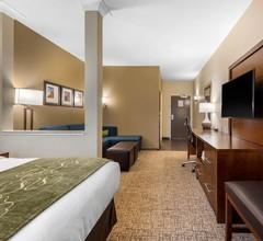 Comfort Suites Denver near Anschutz Medical Campus 2
