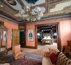 The Chateau Tivoli Bed & Breakfast 2
