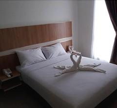 Hotel Sakura Manado 2