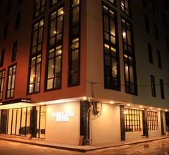 Barelang Hotel Nagoya Batam 1