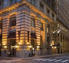 Radisson Hotel New York Wall Street 2