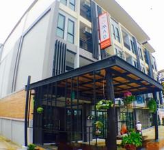 NOMAD Hostel Krabi 1