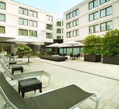 Ramada Nürnberg Parkhotel 2