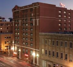 SpringHill Suites Dallas Downtown / West End 1